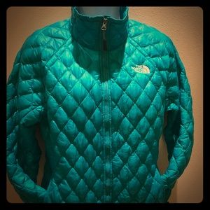 The North Face teal and lemon light weight jacket